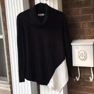 Calvin Klein Long Asymmetrical Black&White Sweater